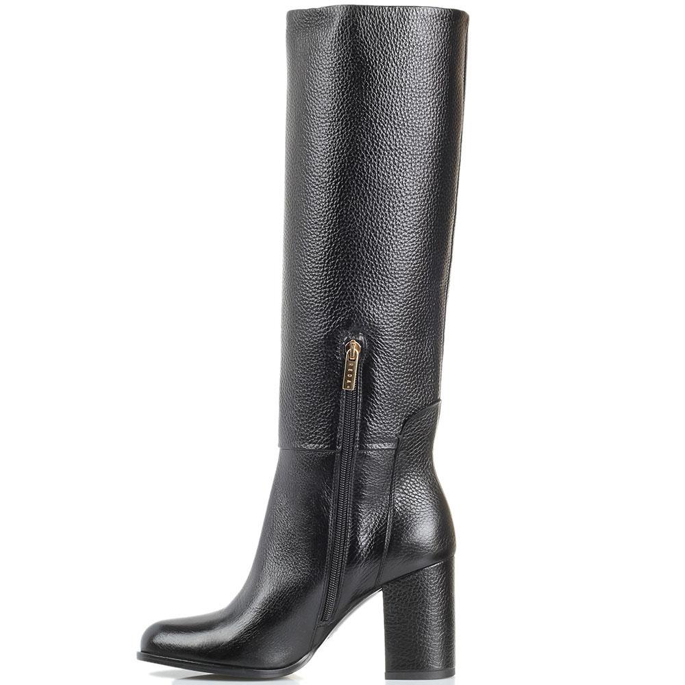 Сапоги из зернистой кожи черного цвета Reda Milano на толстом каблуке