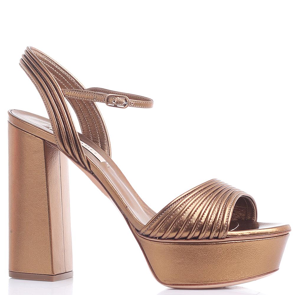 Золотистые босоножки Casadei на платформе и высоком каблуке