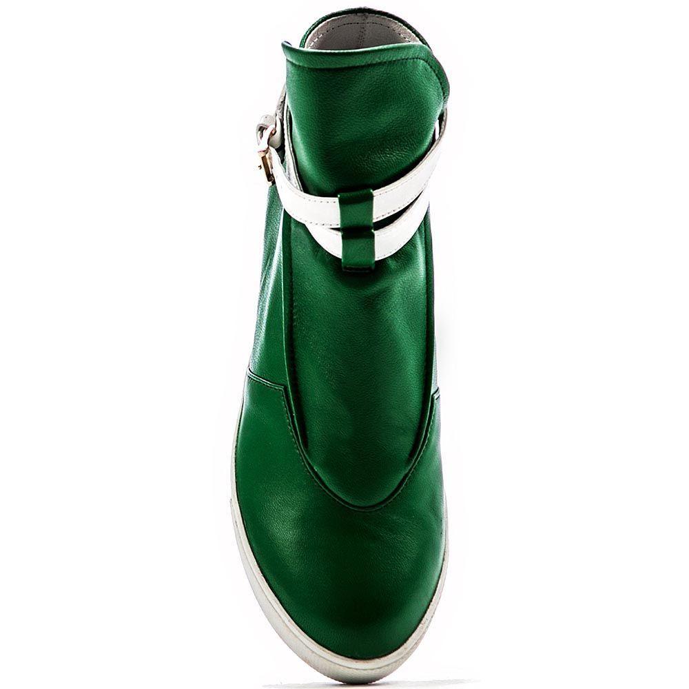 Сникерсы Modus Vivendi из кожи зеленого цвета на белой подошве