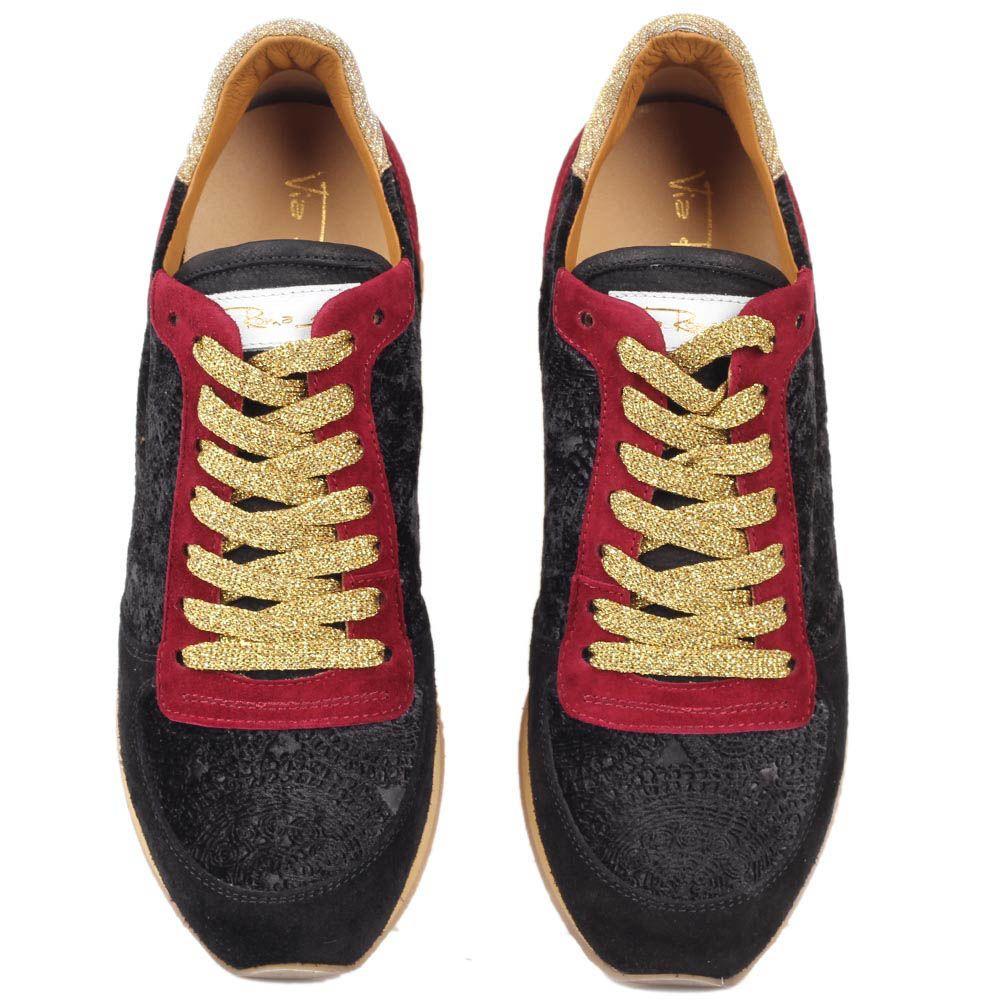 Замшевые кроссовки Via Roma 15 в черно-бордовом цвете