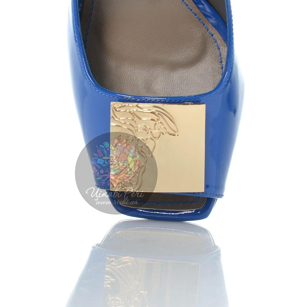 Туфли Versace Collection на шпильке кожаные лаковые синие