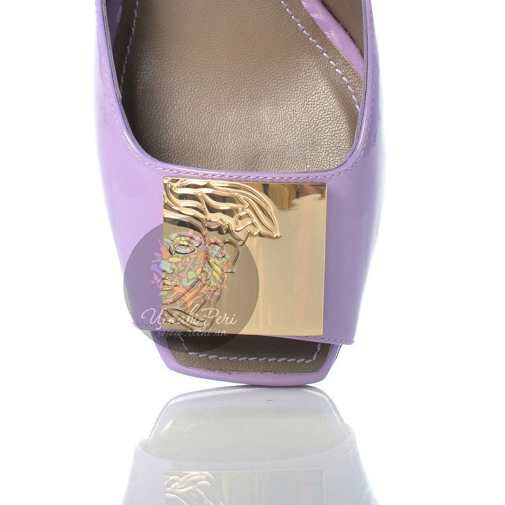 Туфли Versace Collection на шпильке кожаные лаковые сиреневые