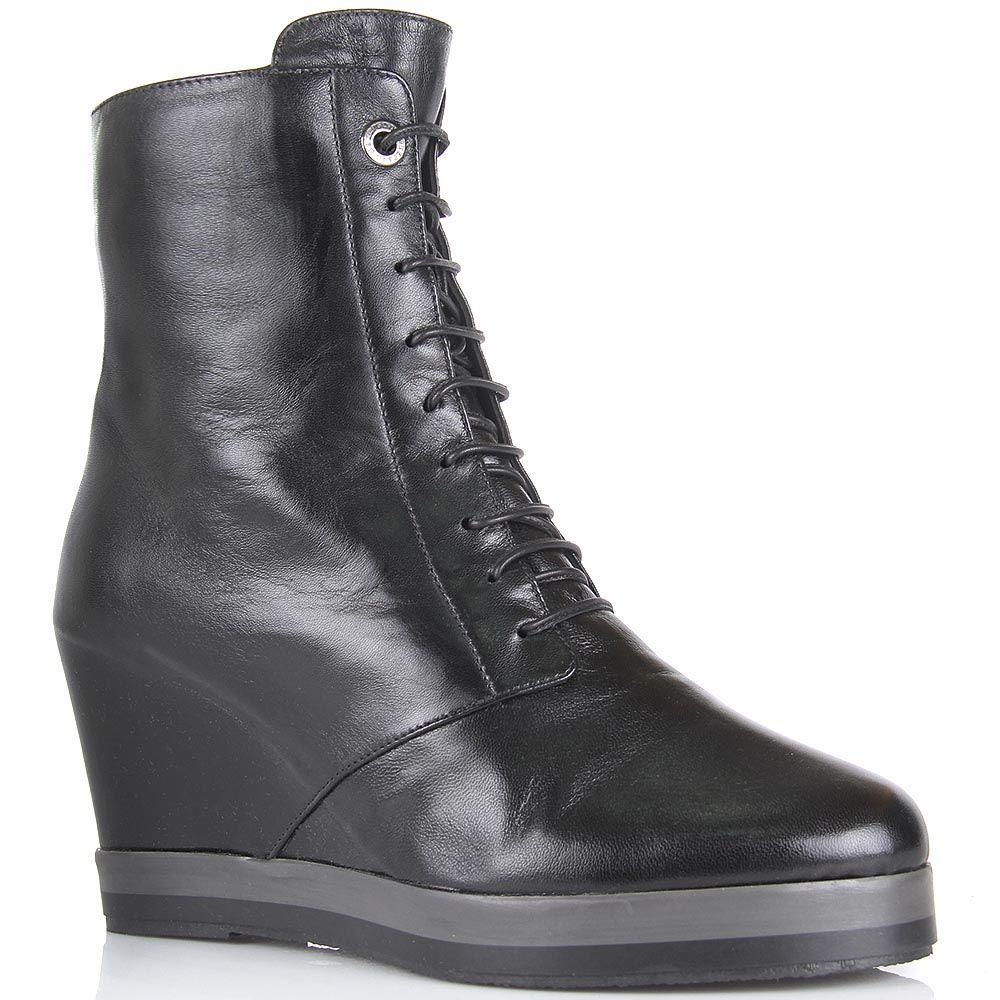 Ботинки Pakerson из натуральной кожи черного цвета на танкетке