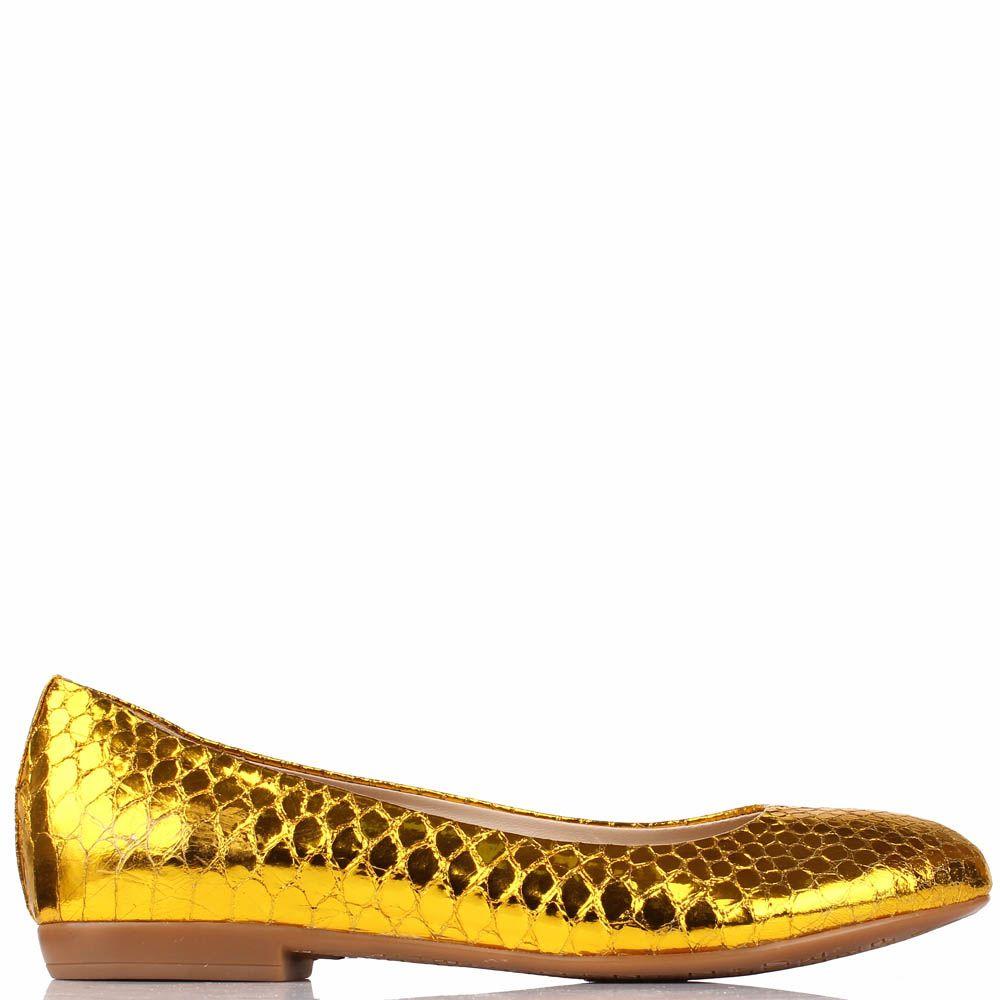 Туфли Renzi из кожи с фактурой под кожу змеи золотого цвета