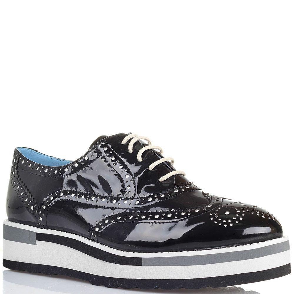 Туфли-броги черного цвета с лаковым блеском Massimo Santini на толстой подошве