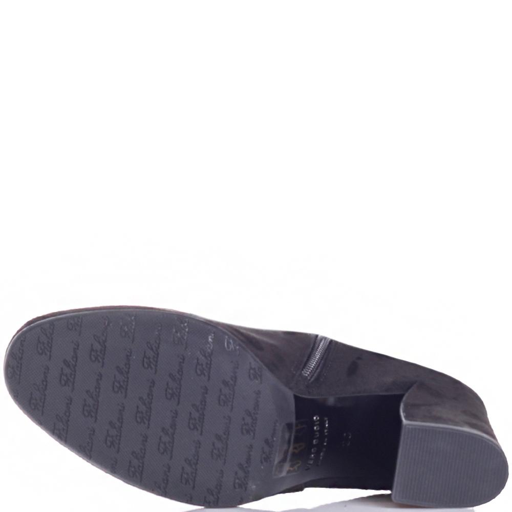 Замшевые сапоги Giovanni Fabiani черного цвета