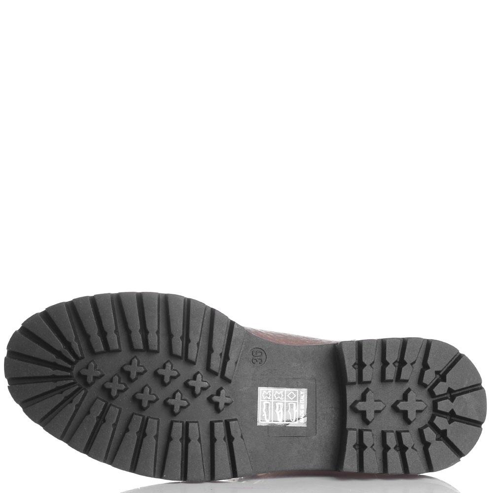 Кожаные ботинки Stokton золотистого цвета с меховым язычком