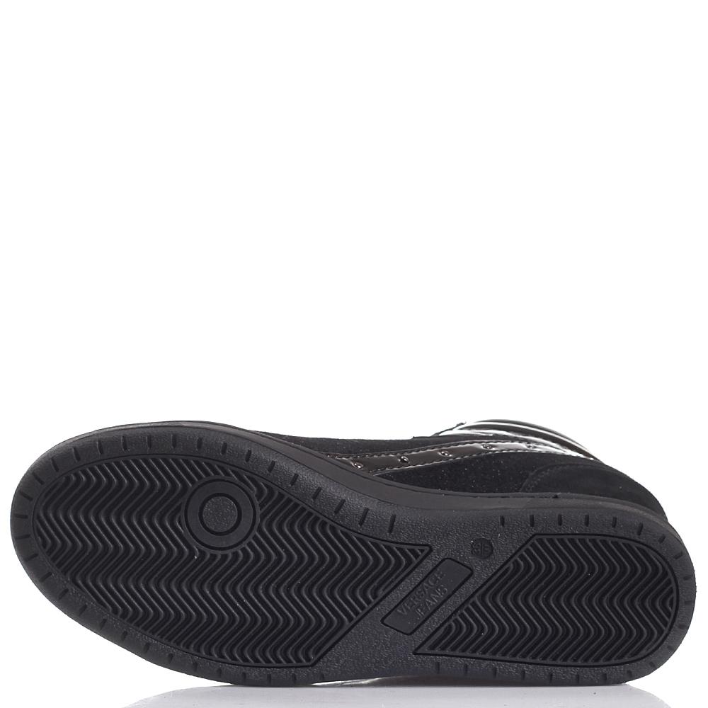 Высокие черные кеды на скрытой танкетке Versace Jeans с лаковыми элементами