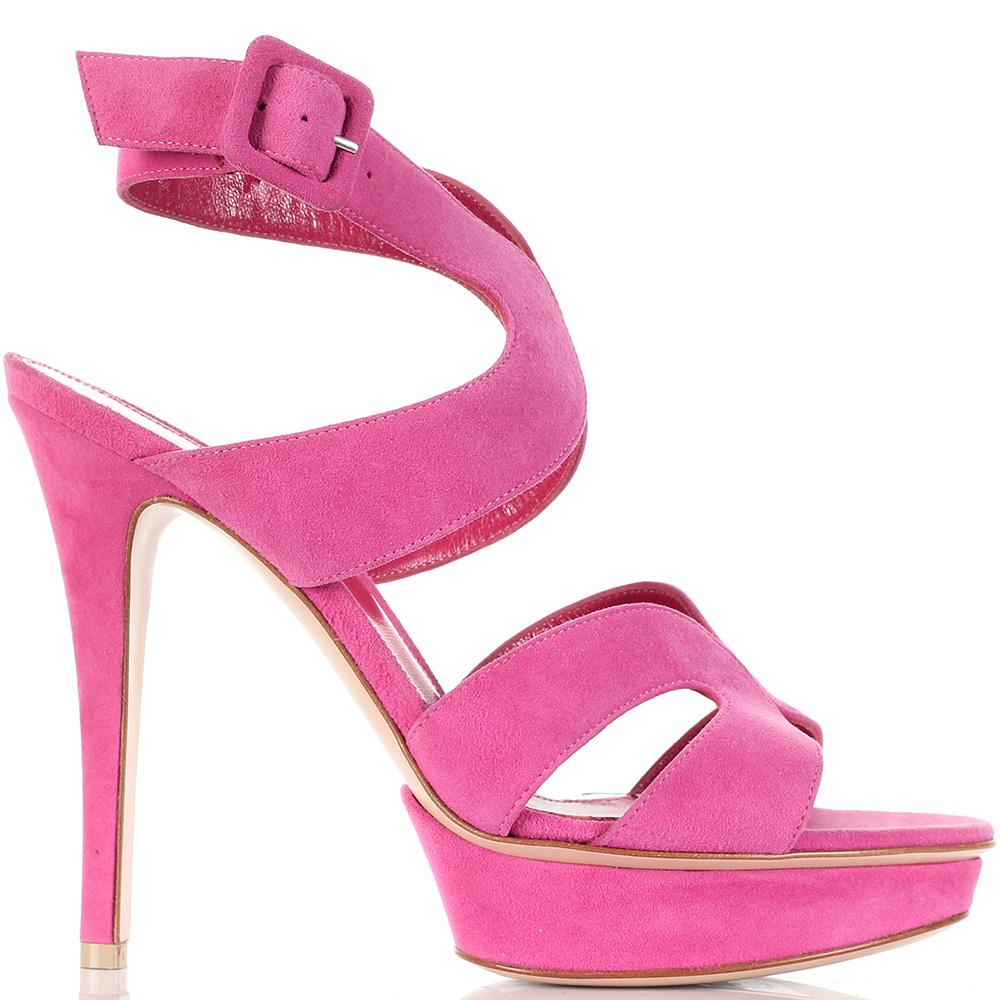 Розовые босоножки с широкими ремешками Gianvito Rossi на высокой шпильке