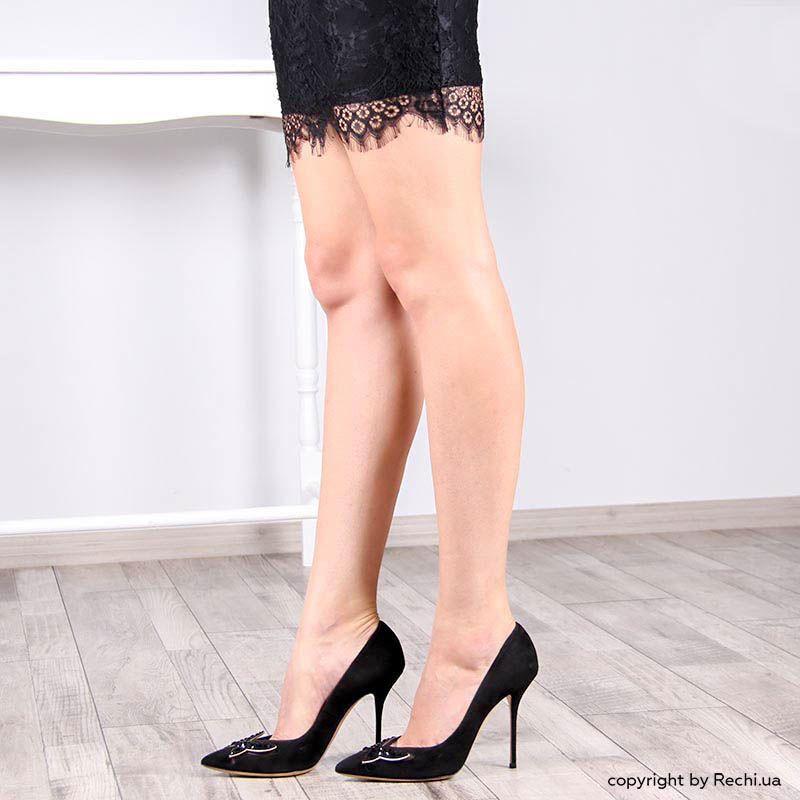Туфли-лодочки Casadei черного цвета с декоративной бабочкой из черных кристаллов