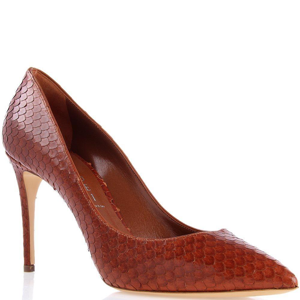 Туфли-лодочки Casadei коричневого цвета декорированные кожаными чешуйками