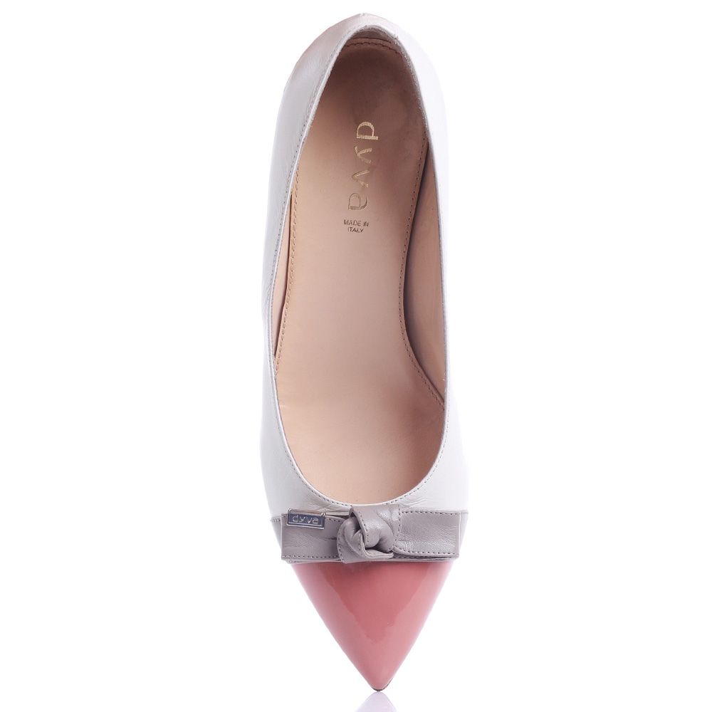 Белые туфли Dyva с острым носком и бантом