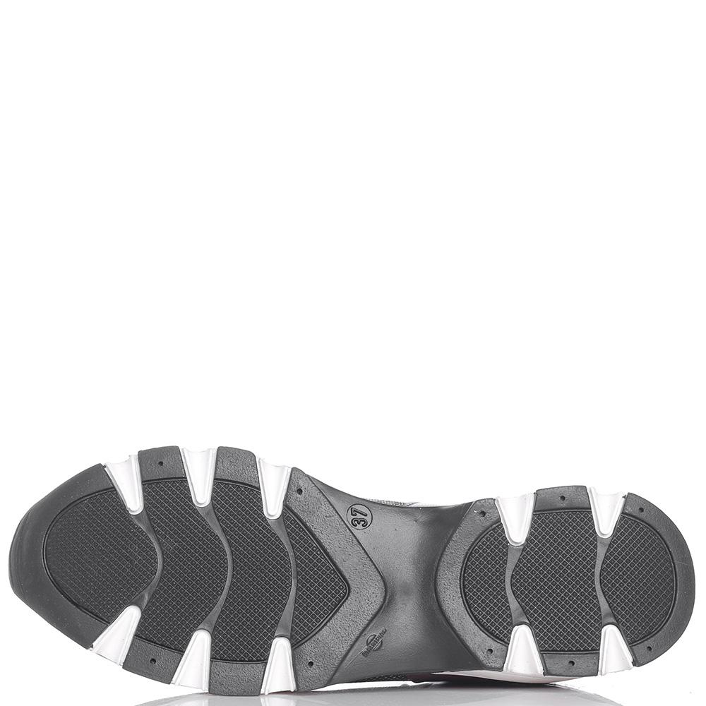 Серебристые кроссовки Helena Soretti на рельефной подошве