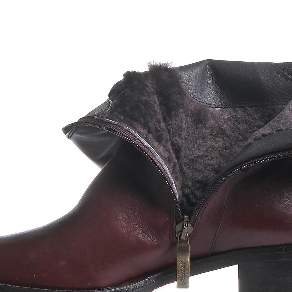 Кожаные бордовые сапоги Mally с декоративными ремешками