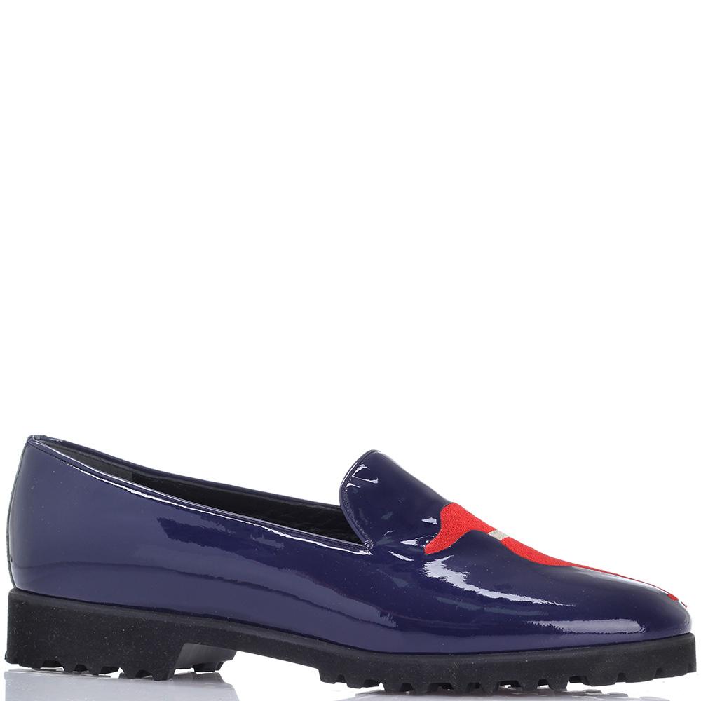 Синие лаковые туфли Susy на низком каблуке