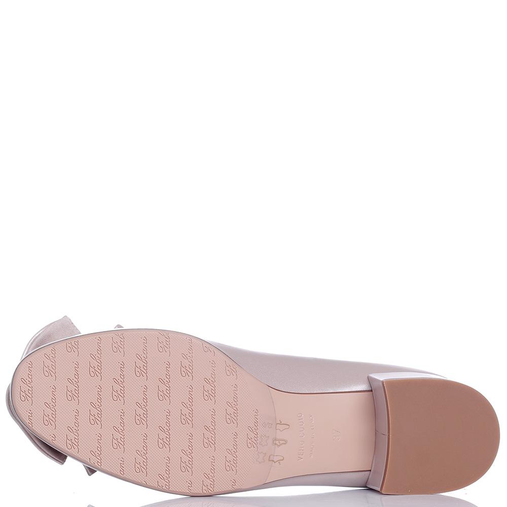 Туфли Giovanni Fabiani с декором на носке