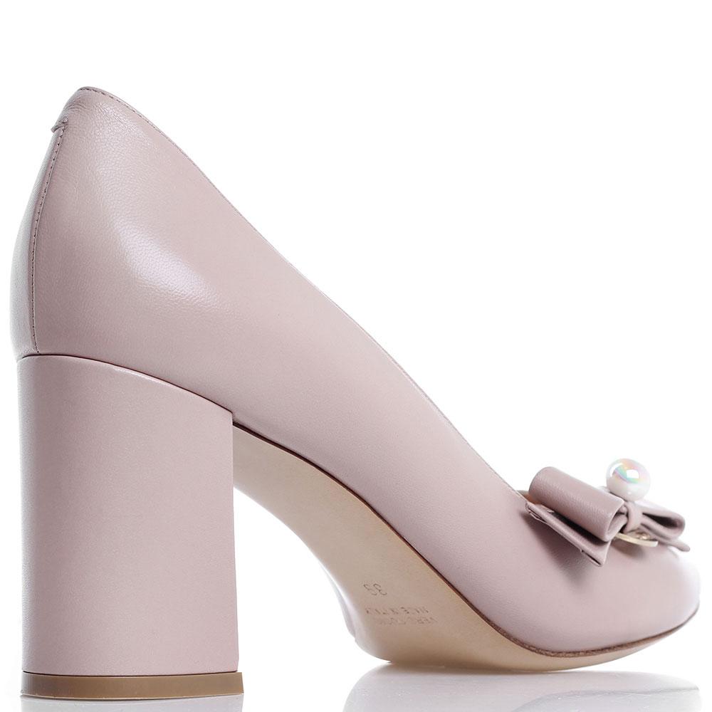 Бежевые туфли-лодочки Dyva на толстом каблуке