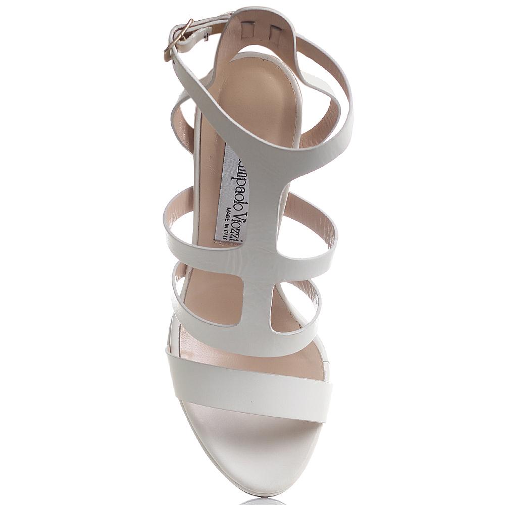 Босоножки Giampaolo Viozzi молочного цвета на толстом каблуке