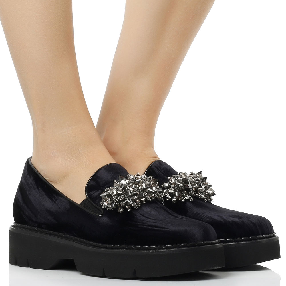 Темно-синие туфли Alberto Gozzi с декором-камнями