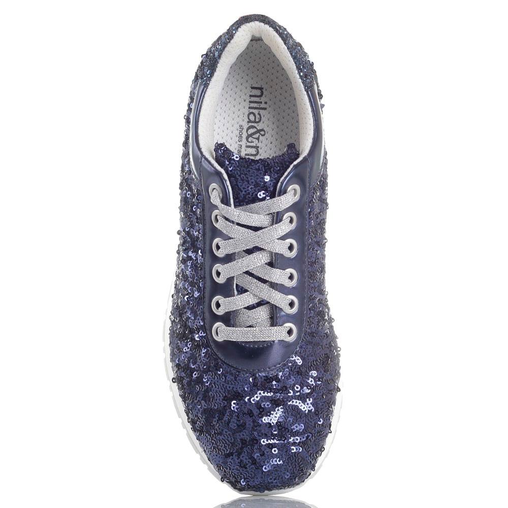 Кроссовки Nila&Nila декорированные пайетками синего цвета