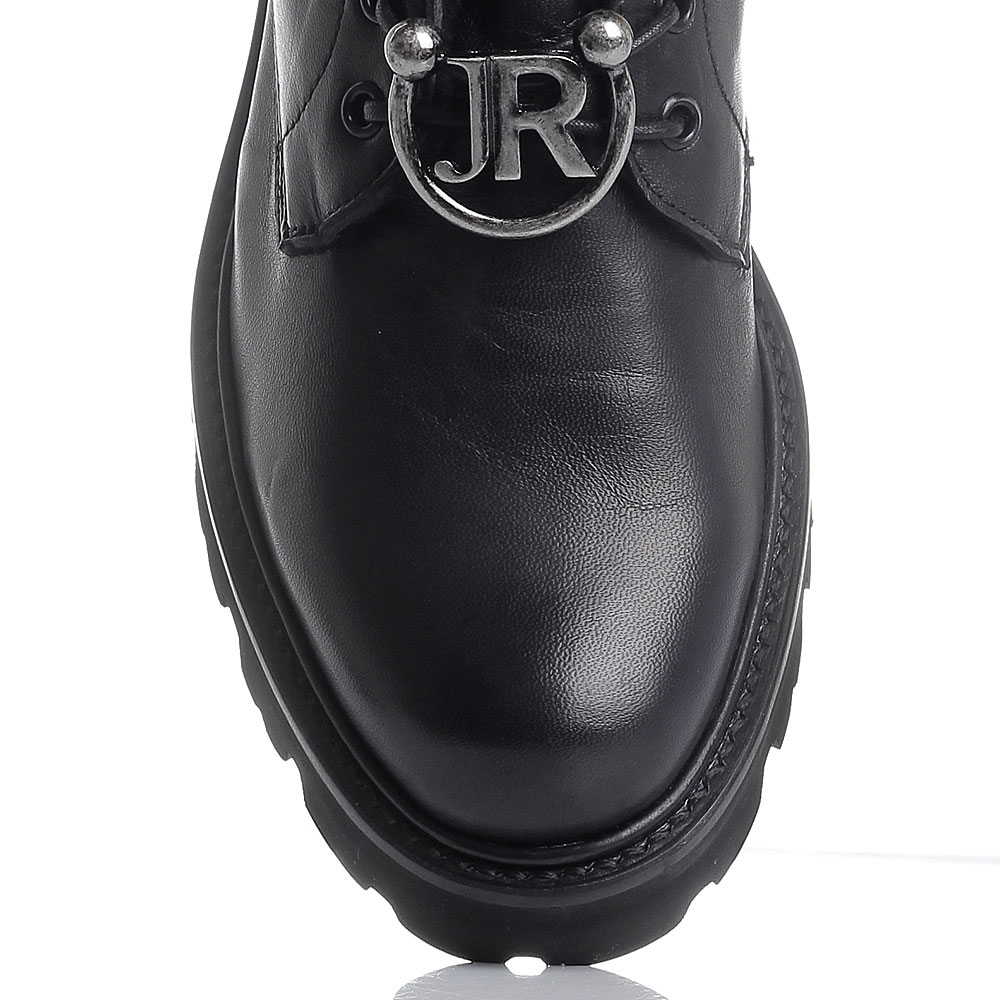 Зимние ботинки черного цвета John Richmond на шнуровке