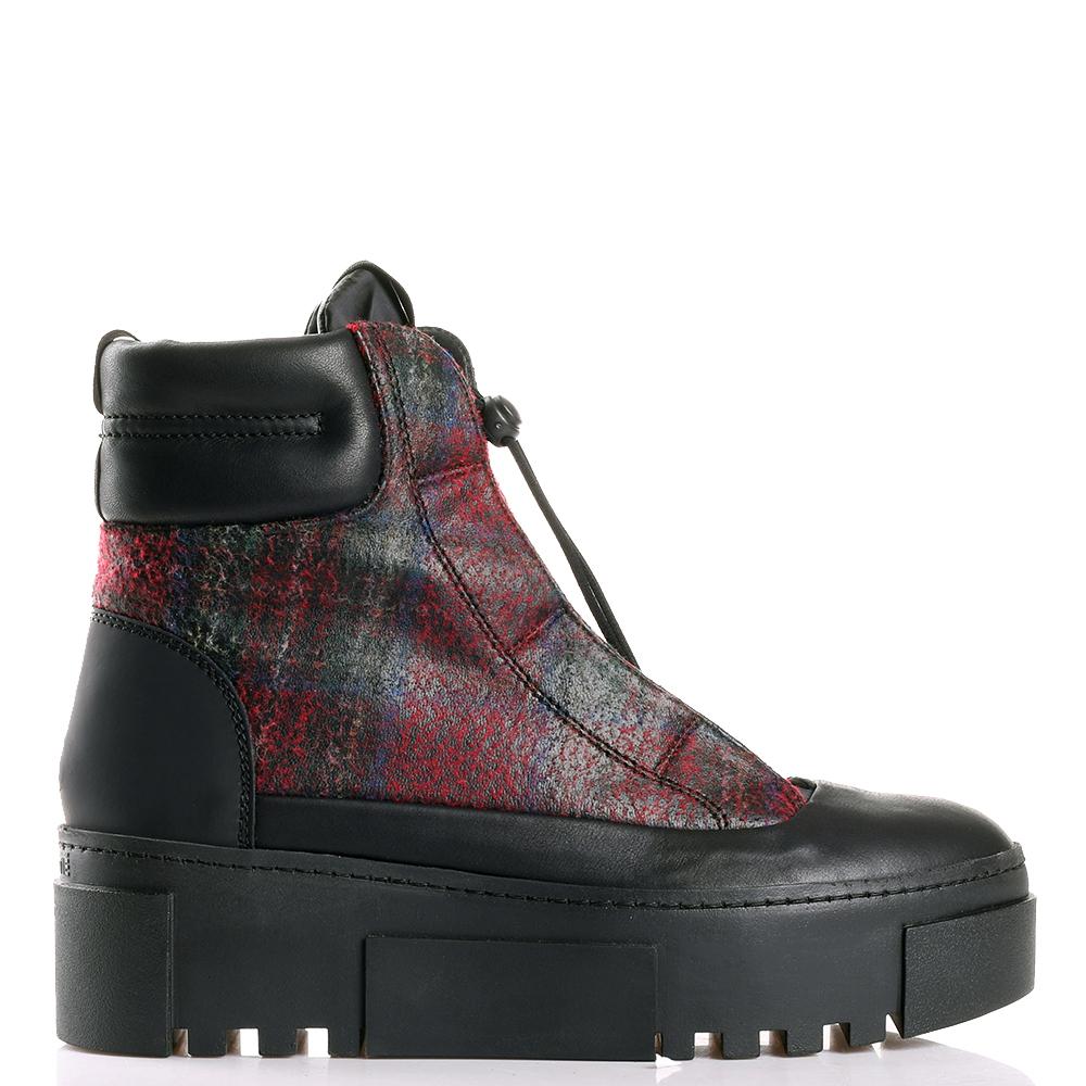 Ботинки Vic Matie на платформе черного цвета