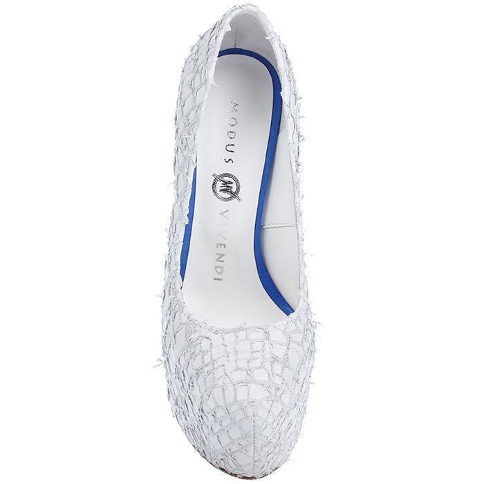 Туфли Modus Vivendi из фактурной кожи белого цвета на каблуке и скрытой платформе