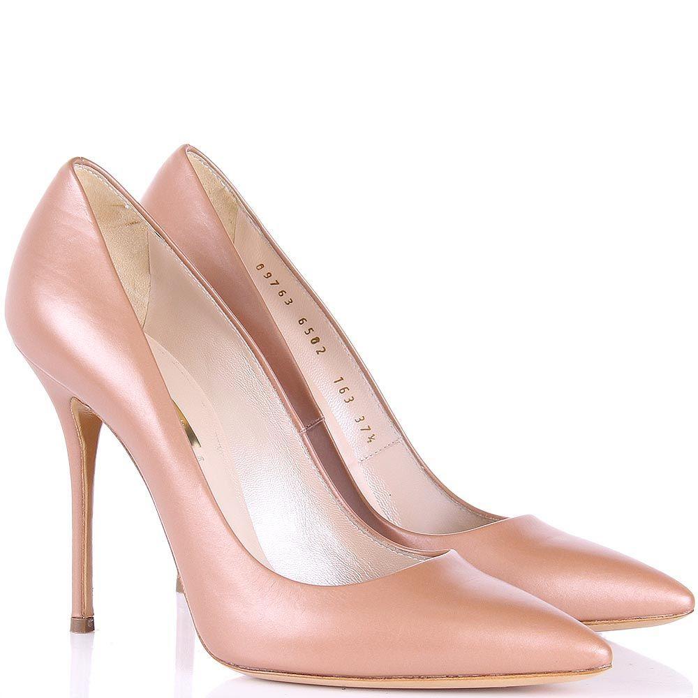 Туфли-лодочки Casadei бежевого цвета с перламутровым блеском