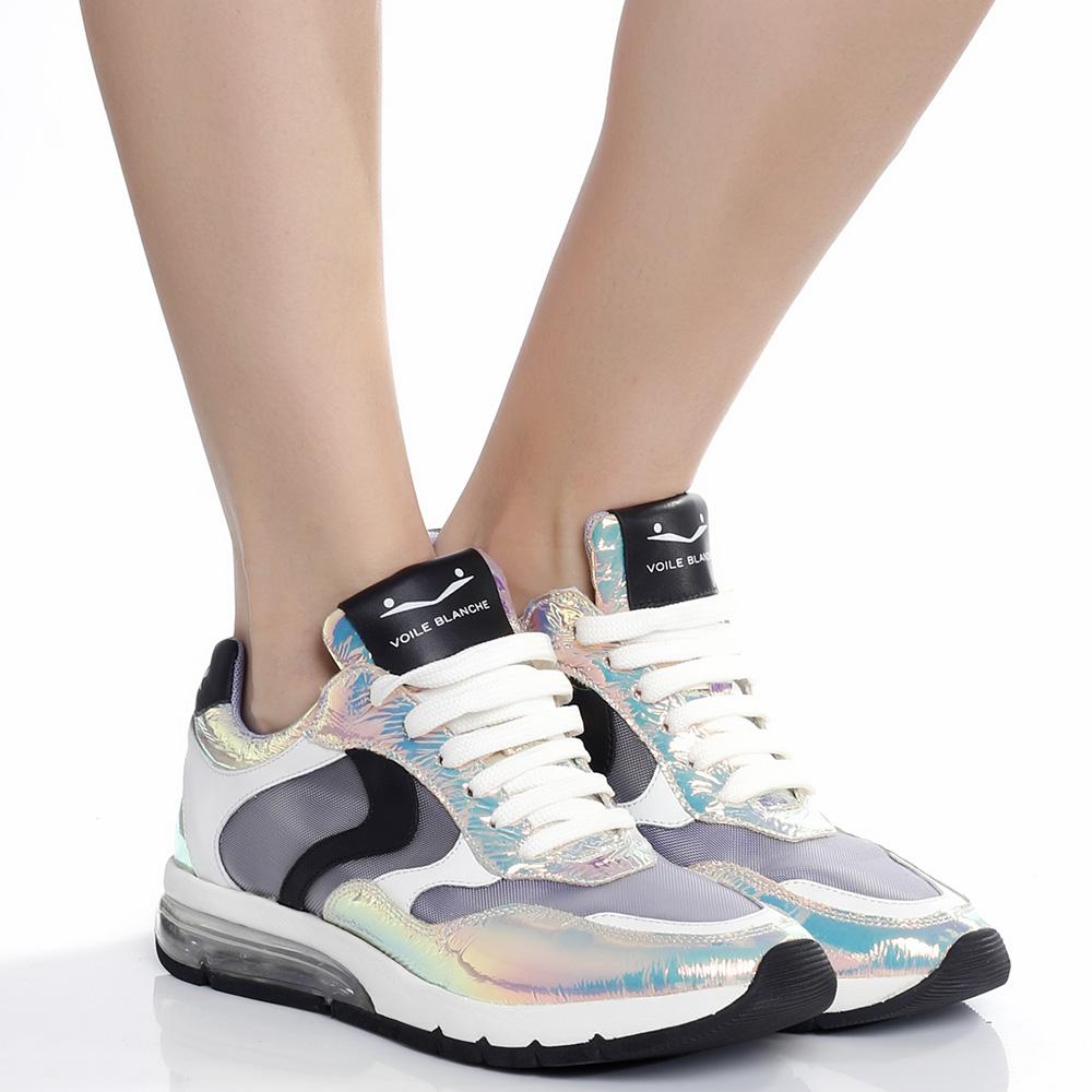 Женские кроссовки Voile Blanche с голограммными вставками