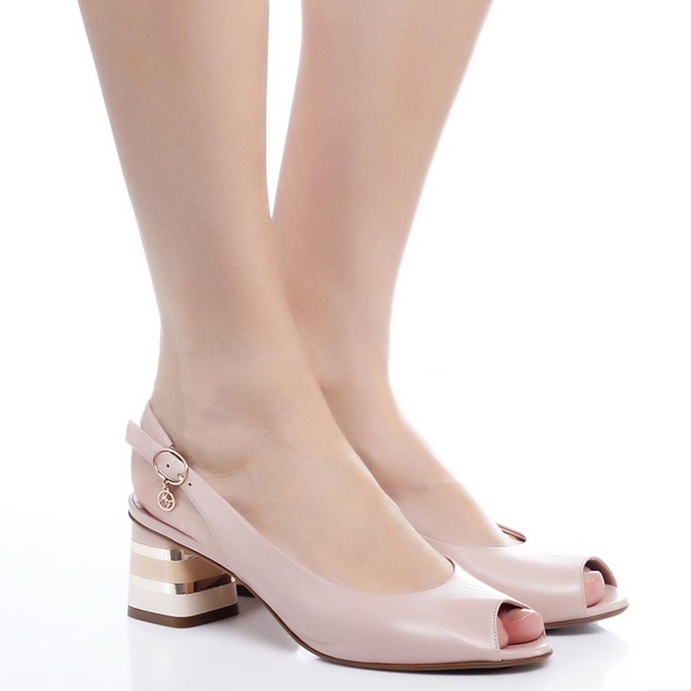 Туфли Marino Fabiani с золотистым декором на каблуке
