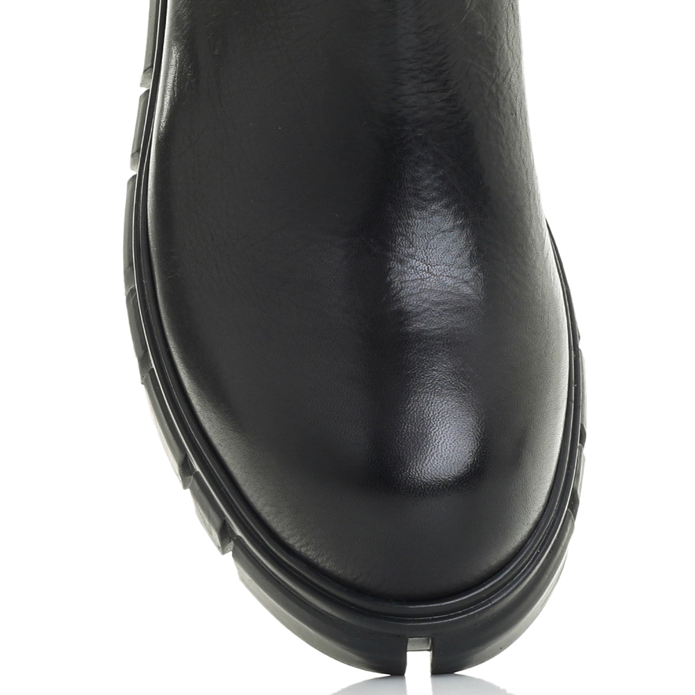 Черные ботинки Fru.It на толстой подошве