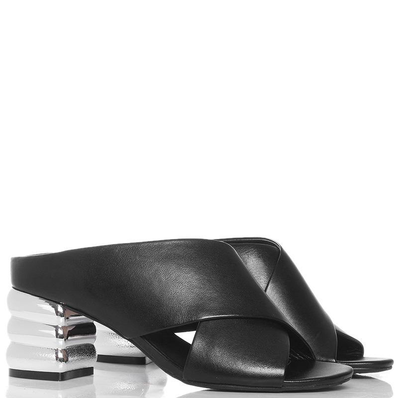 Черные мюли Apepazza на серебристом каблуке