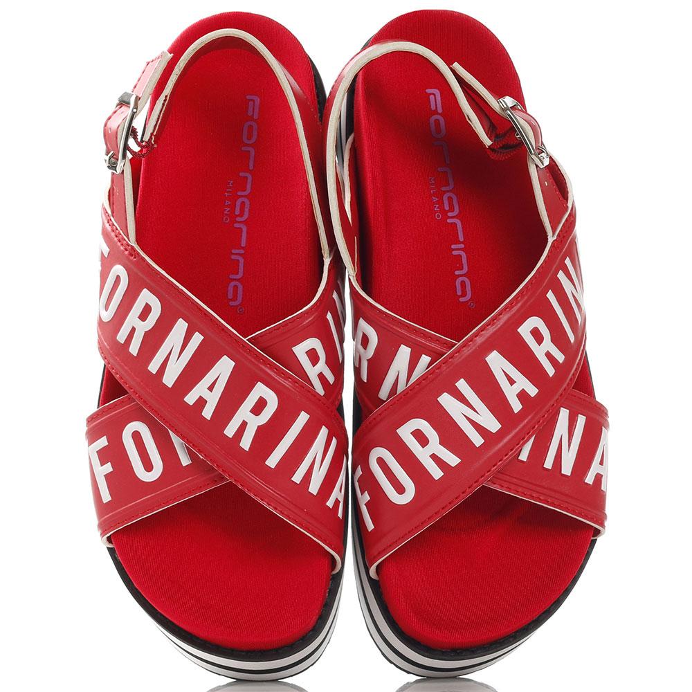 Красные сандалии Fornarina на толстой подошве