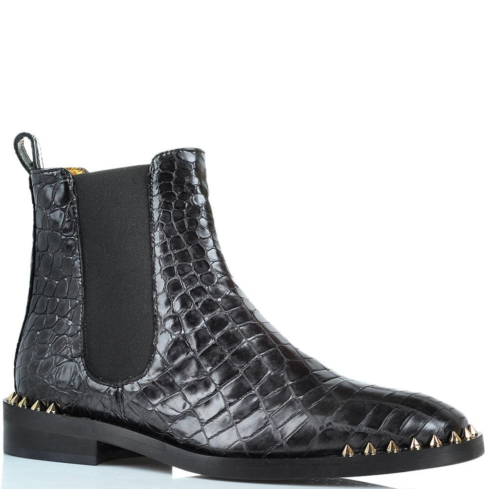Кожаные ботинки Ras с фактурой кроко и декором-шипами на носочке