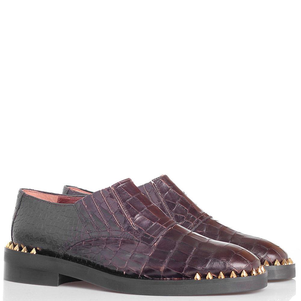Туфли из тисненной под крокодила кожи Ras коричневого цвета