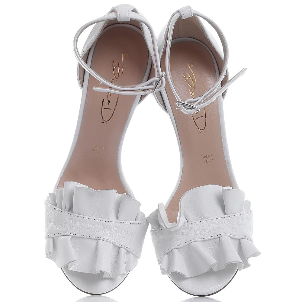 Босоножки Bianca Di белого цвета с закрытой пяткой