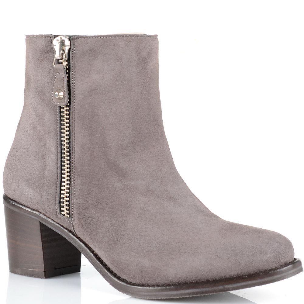 Замшевые ботинки Anna F дымчатого цвета на среднем устойчивом каблуке