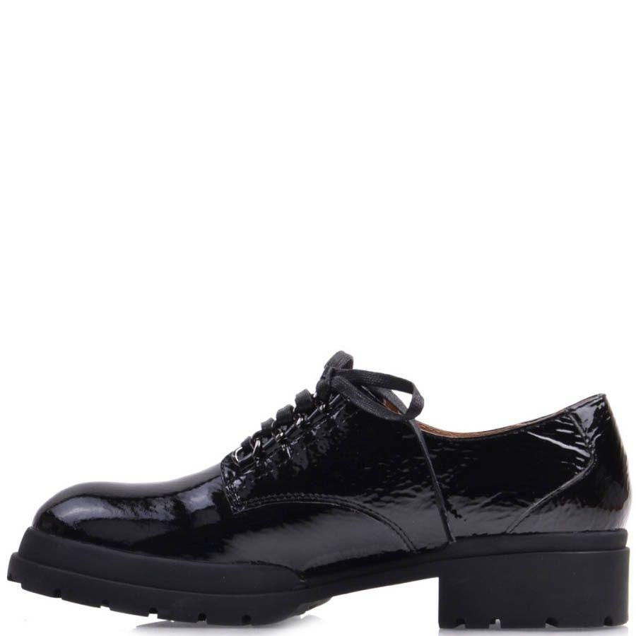 Ботинки Prego лаковые черного цвета на шнуровке с рельефной подошвой