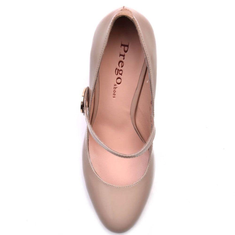 Туфли-лодочки Prego из натуральной лаковой кожи бежевого цвета с ремешком