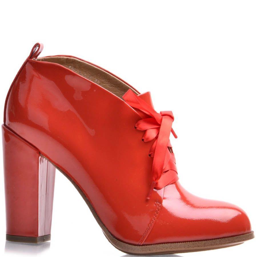 Ботильоны Grado красные лаковые с закругленным верхов и лентой для шнуровки