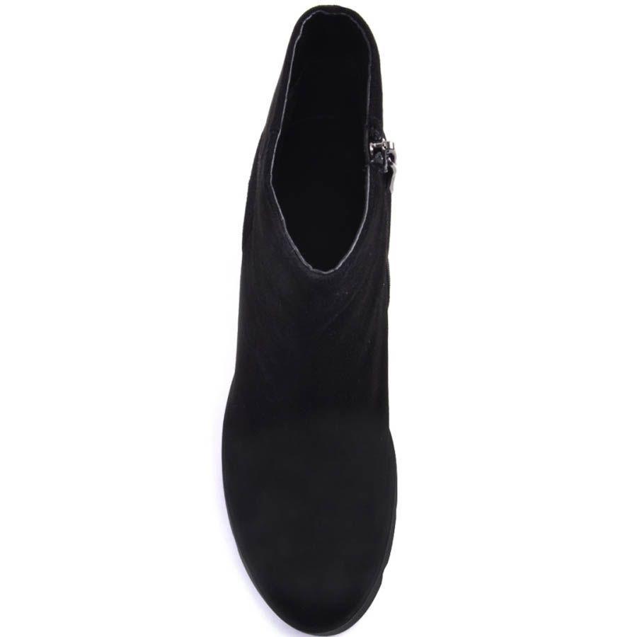 Ботильоны Prego черного цвета из гладкой замши на высоком каблуке и рельефной подошве
