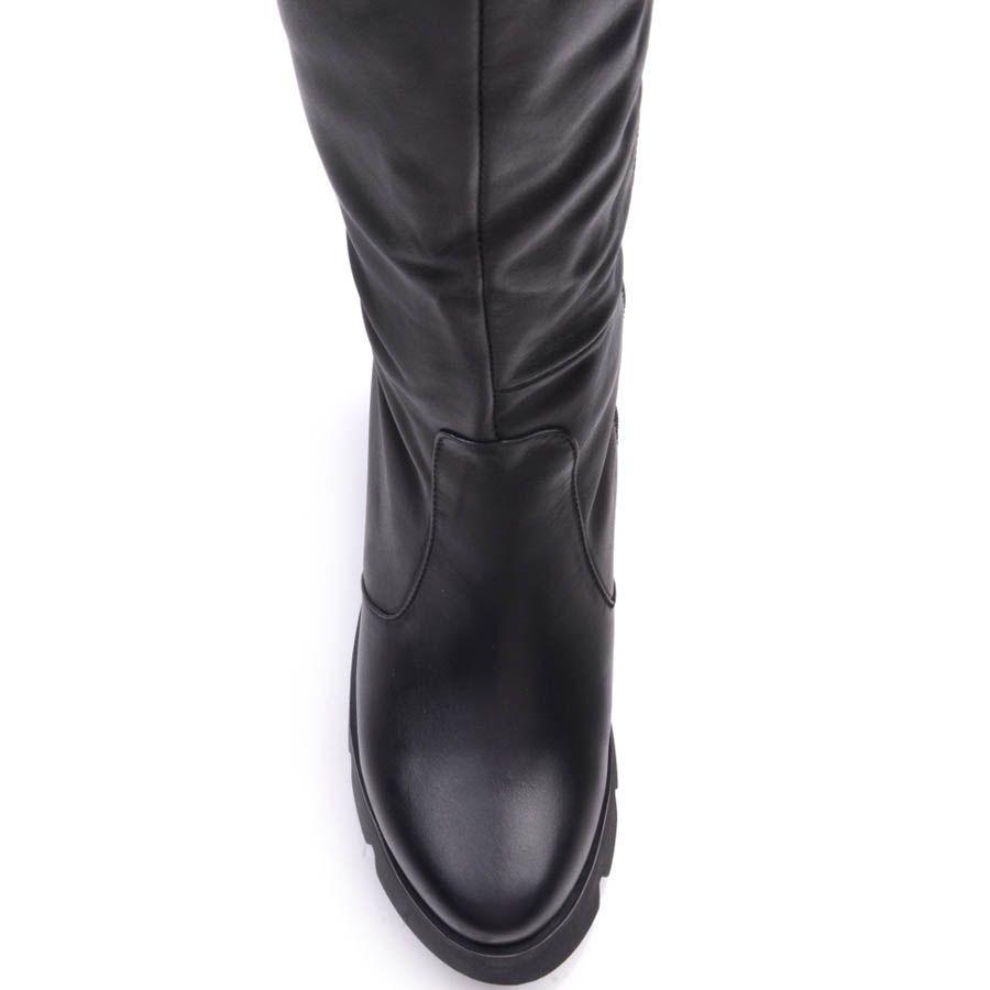 Сапоги Prego зимние кожаные черного цвета с толстым каблуком 8 см и рельефной подошвой