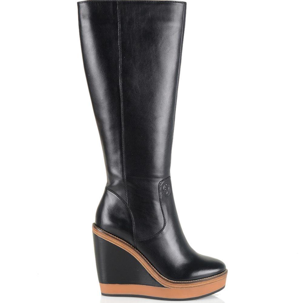 Женские осенние сапоги Armani Jeans черные кожаные на танкетке