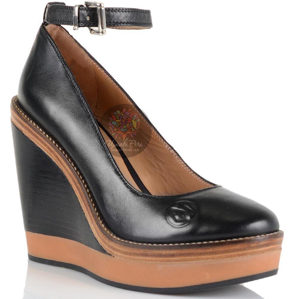 Туфли на танкетке Armani Jeans черные кожаные с ремешком вокруг лодыжки