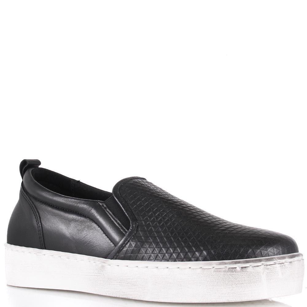 Слипоны Ovye черного цвета с ромбовидным тиснением на носке