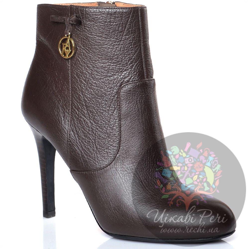 Ботинки Armani Jeans на шпильке кожаные темно-коричневые на молнии