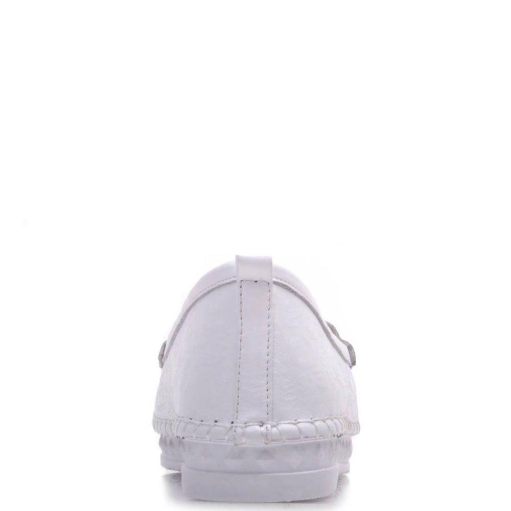 Туфли-мокасины Prego из кожи белого цвета на низком ходу