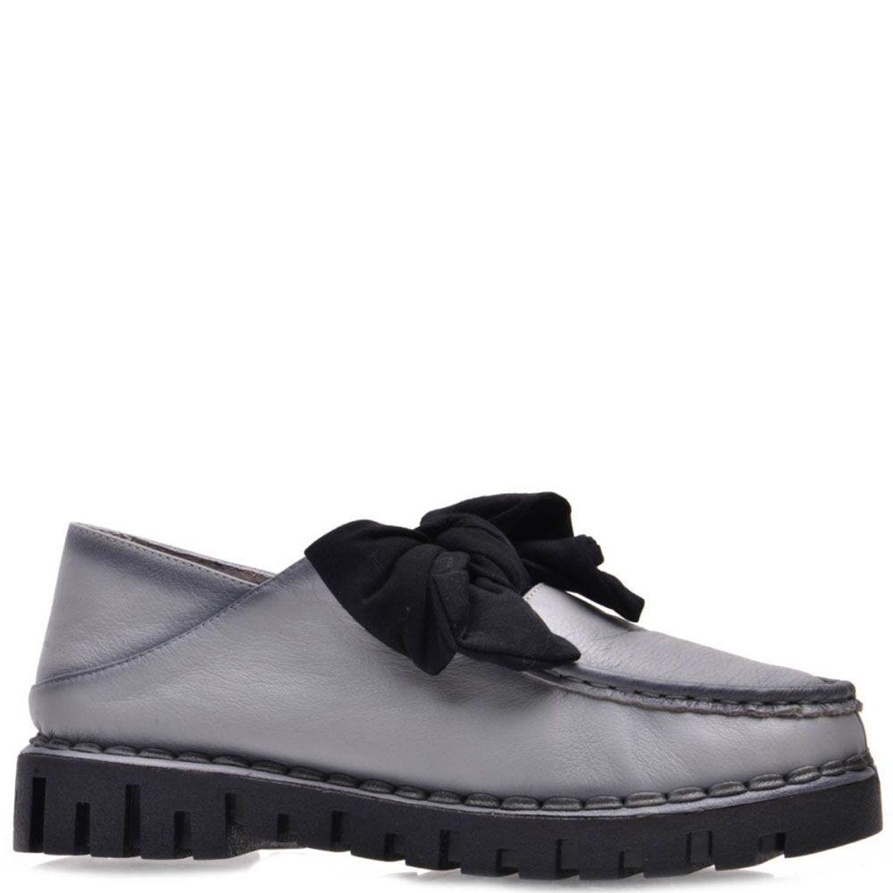 Туфли Prego из натуральной кожи серого цвета с черным бантом на язычке