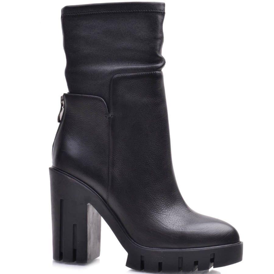 Полусапоги Prego черного цвета на высоком каблуке с молнией на пятке