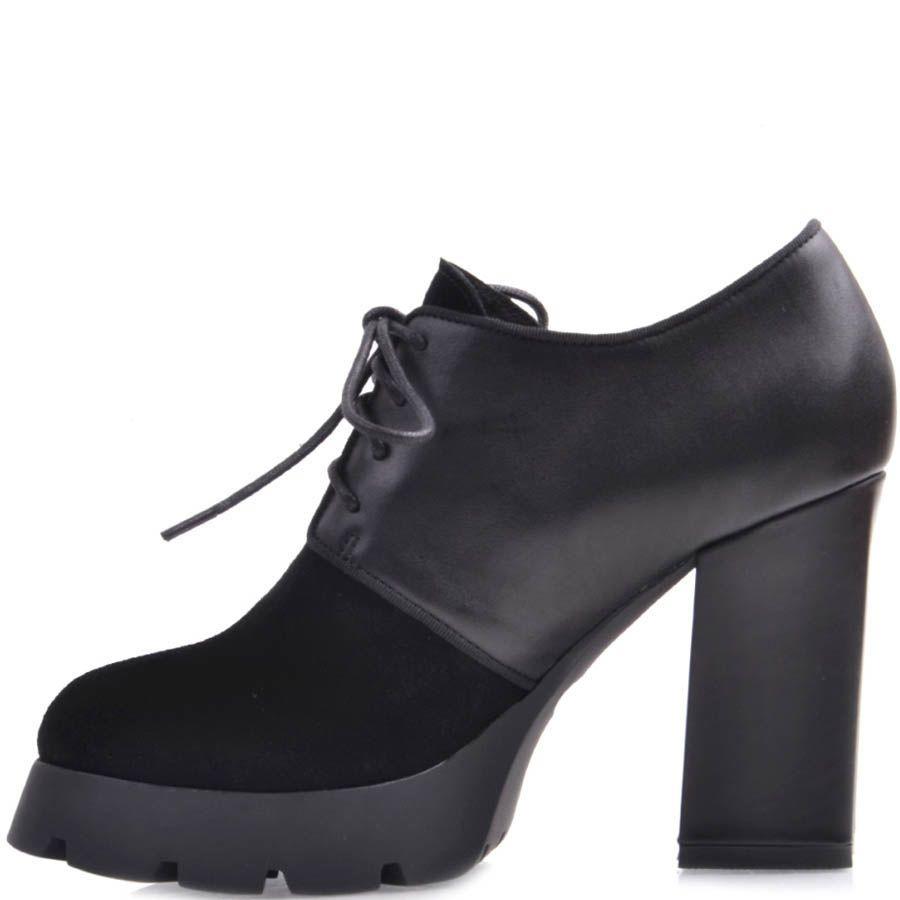 Ботильоны Prego черного цвета из кожи и замши со шнуровкой на высоком каблуке и рельефной подошве
